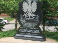 27-Polish-Monument